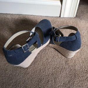 BOC 2 1/2 inch wedge sandal